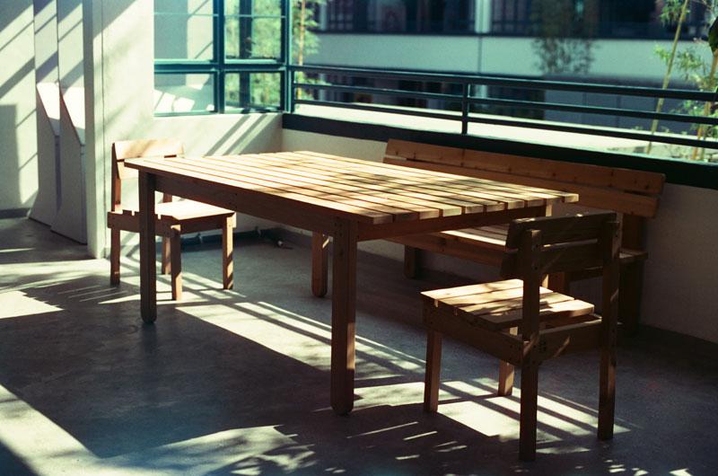 Zo onderhoud je een houten eettafel